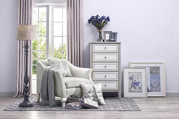 鸢尾花开--将家具的优雅体现到极…
